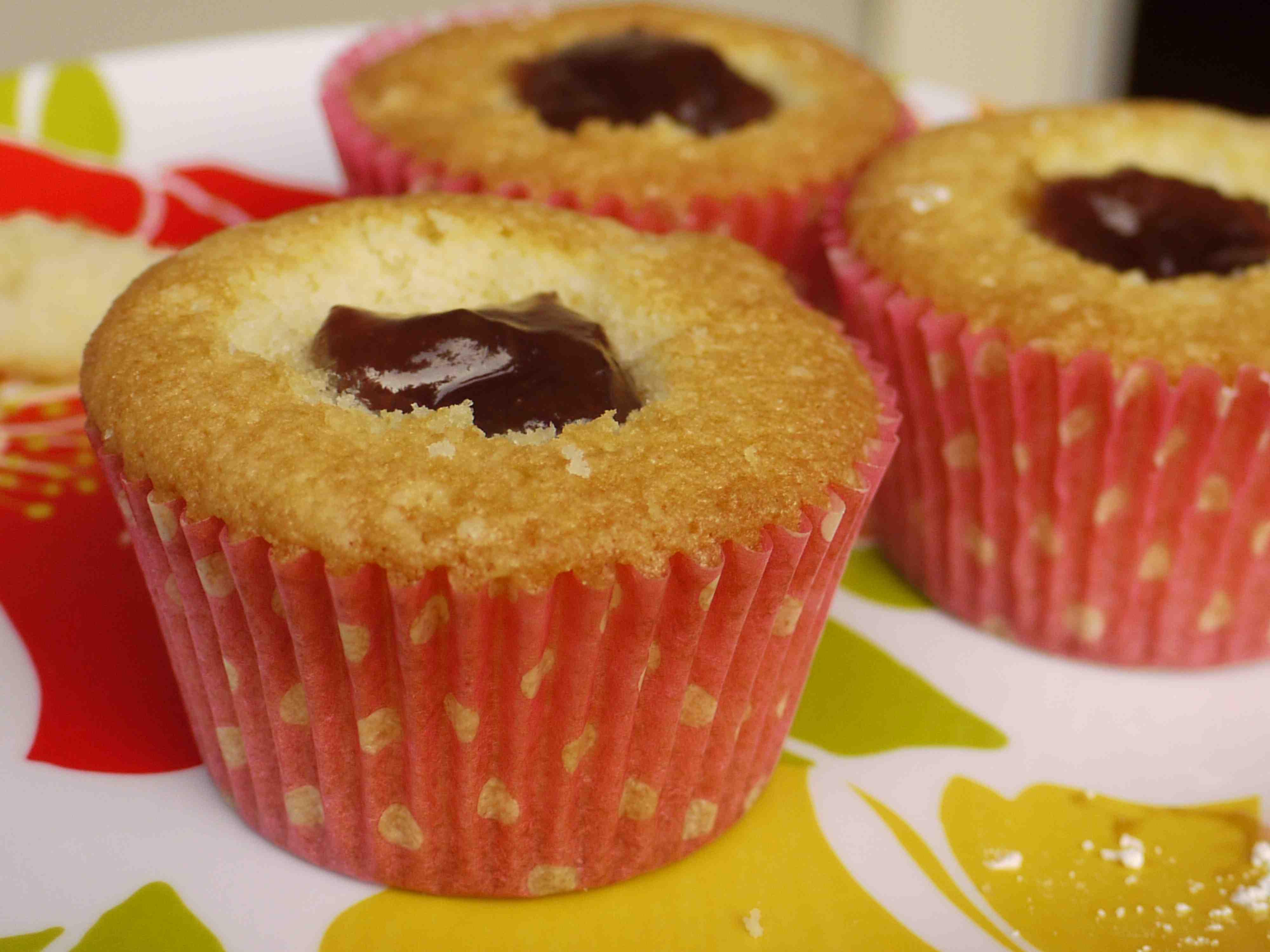 Jam fairy cakes recipe